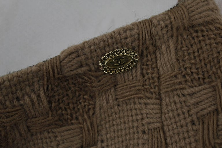 Chanel Brown Wool Skirt In Excellent Condition For Sale In Paris, FR