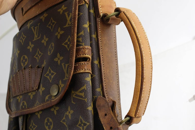 Really Used Vintage Louis Vuitton Golf Club Bag in Monogram Canvas.  In Fair Condition For Sale In Paris, FR