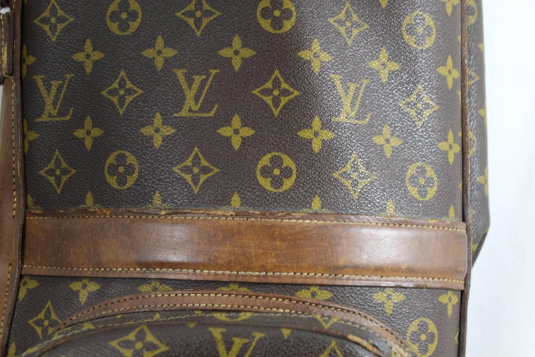 Really Used Vintage Louis Vuitton Golf Club Bag in Monogram Canvas.  For Sale 1