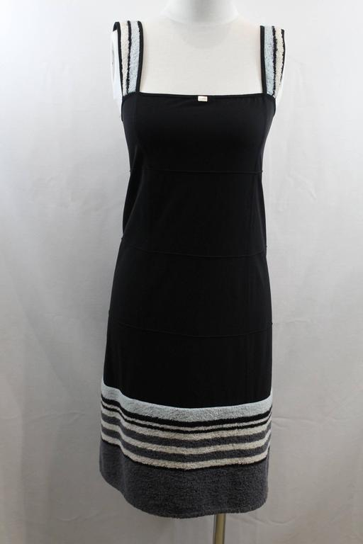 "Super nice Chanel dress in nylon and ""towel"" cloth.