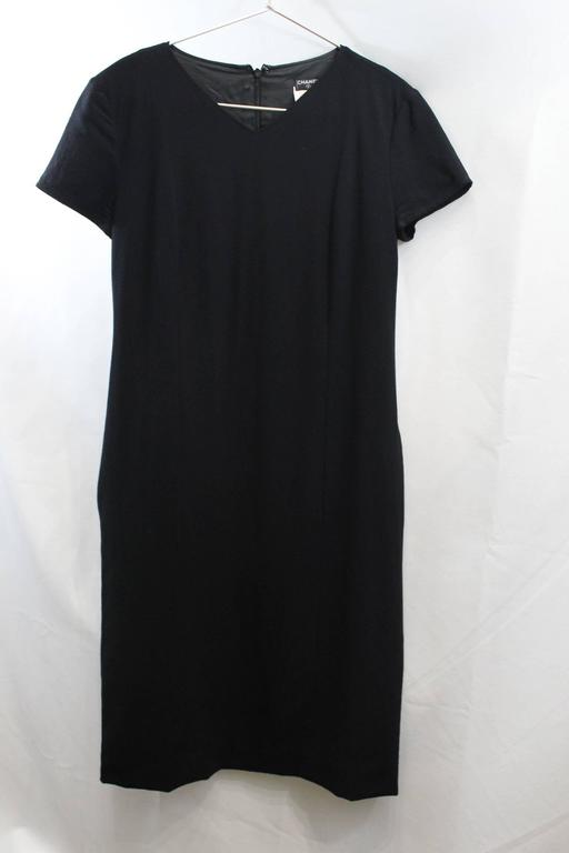 Chanel Little Black Dress. Size 38 In Good Condition For Sale In Paris, FR