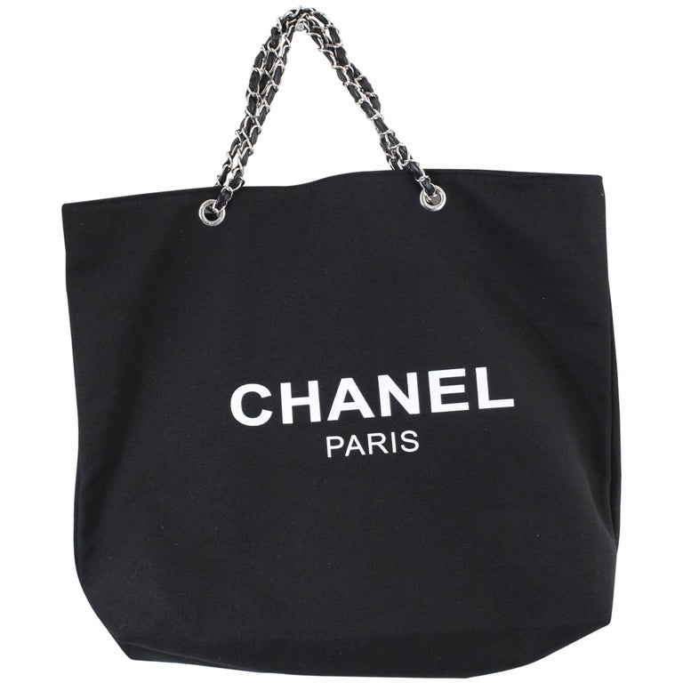 7ebfd3f4de65 Chanel VIP Gift Tote Black Canvas Bag at 1stdibs
