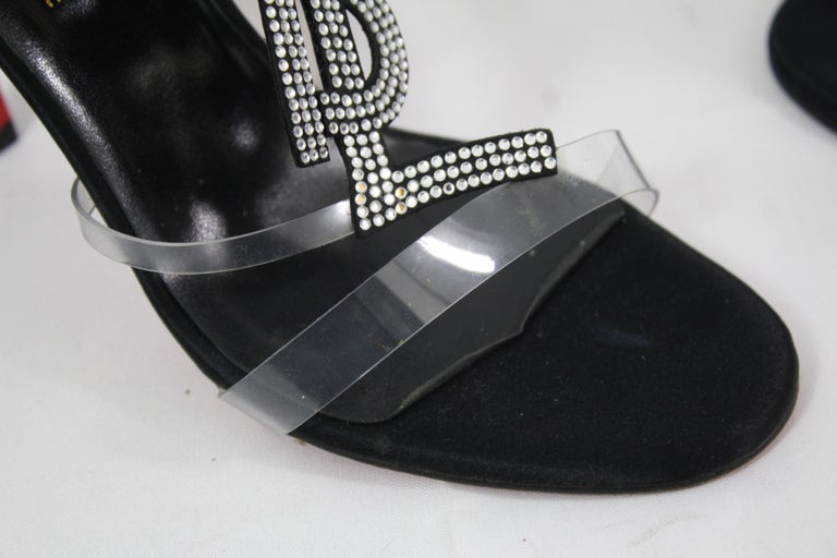 Haute Couture Christian Louboutin for Yves saint Laurent Shoes. Size 35 For Sale 1