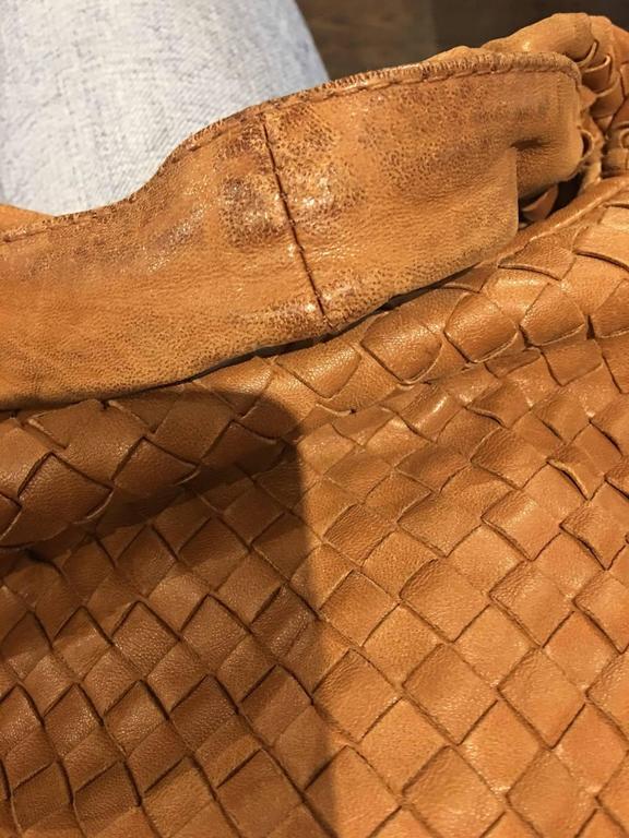 Bottega Veneta Camel medium Intrecciato Leather Shoulder Bag For Sale 1