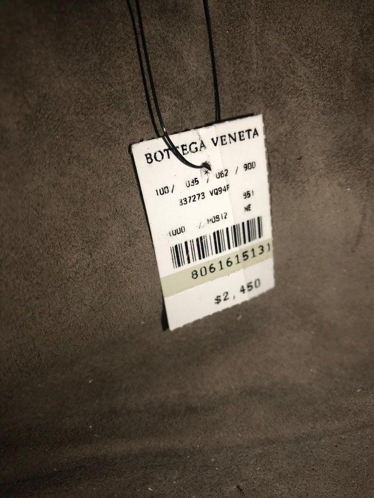 Bottega Veneta Nero Nappa Messenger For Sale 9