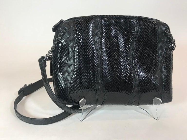 Black Bottega Veneta Nero Nappa Messenger For Sale