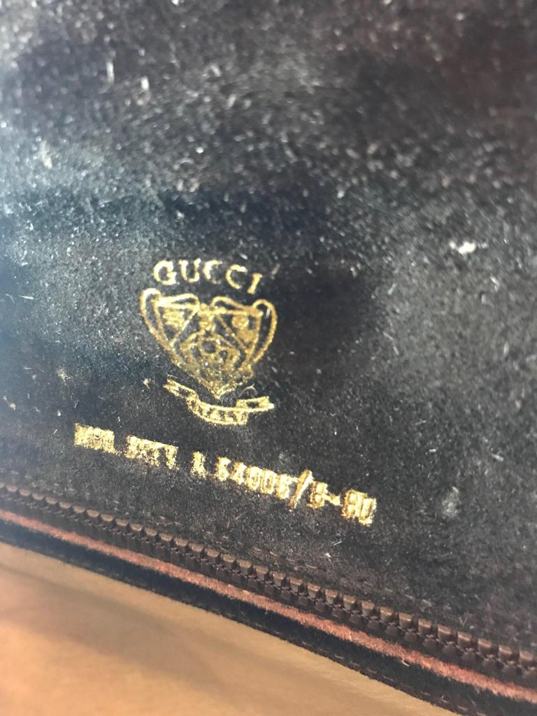 Gucci Vintage Crossbody For Sale 7