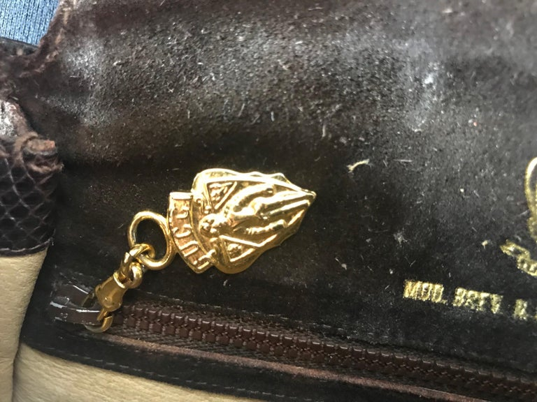 Gucci Vintage Crossbody For Sale 8