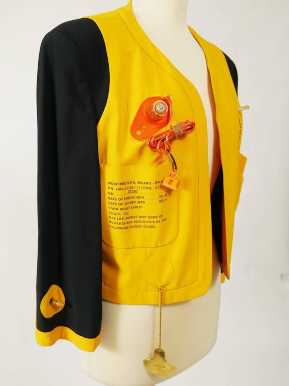 1980s MOSCHINO Cruise Me Baby Life Jacket Blazer In Excellent Condition For Sale In Milan, IT