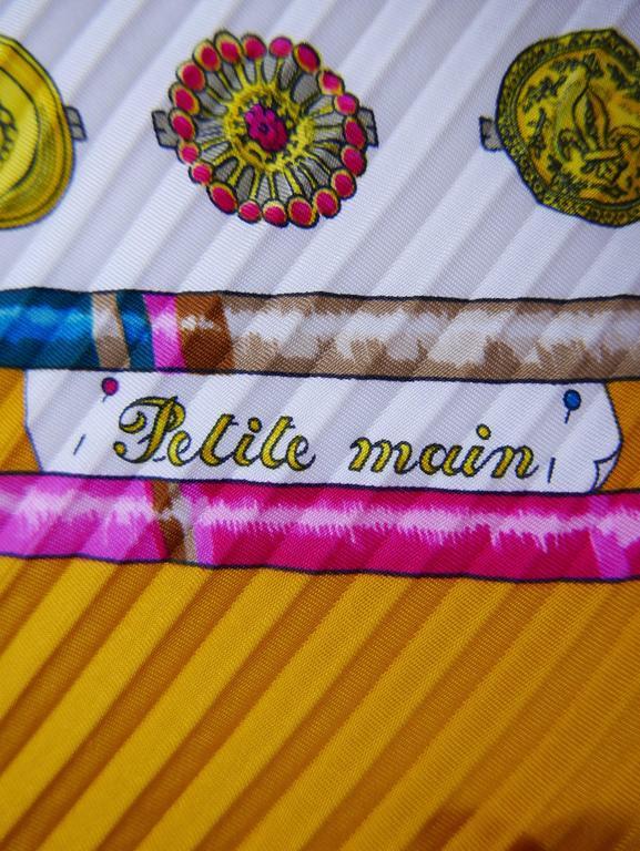 "1980s HERMÈS ""Petite Main"" Silk Plisse Pleated Scarf 3"