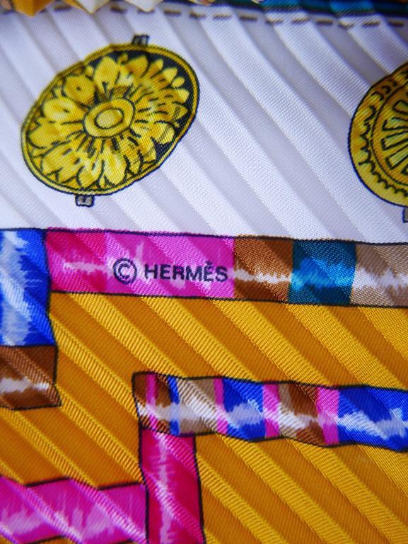"1980s HERMÈS ""Petite Main"" Silk Plisse Pleated Scarf 5"