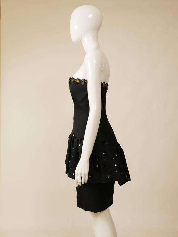 1980s SAINT LAURENT Rive Gauche Black Beadeds Strapless Cocktail Dress In Excellent Condition For Sale In Milan, IT