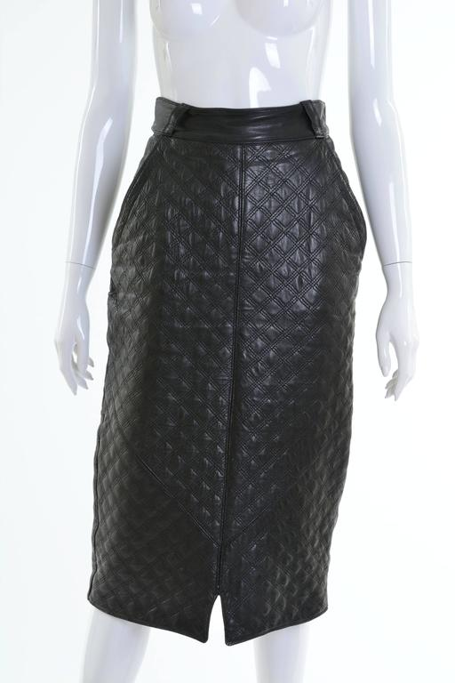 1980s GIANNI VERSACE Black Leather Suit Dress In Good Condition For Sale In Milan, Italy