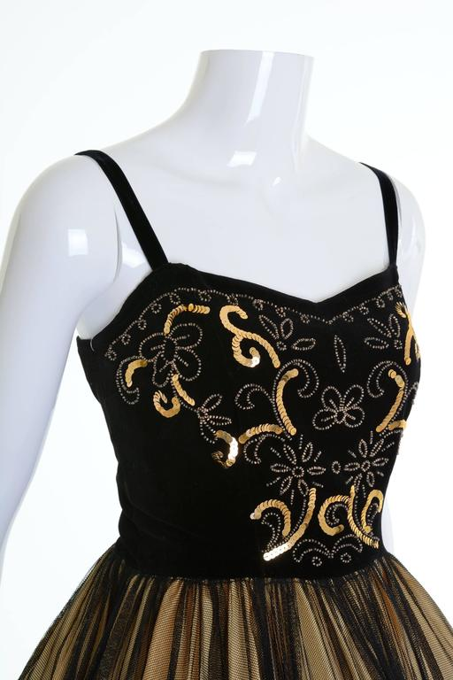 1950s Vintage Black and Gold Embroidered Cocktail Dress For Sale 1