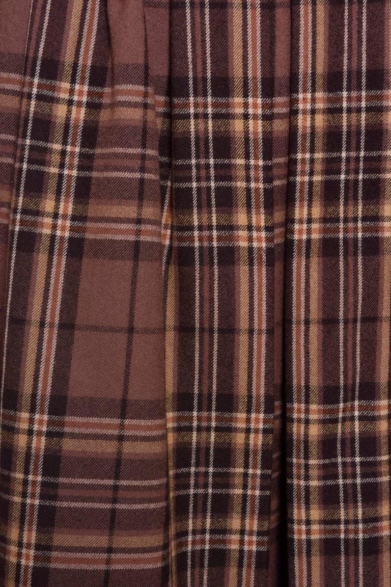 1980s YVES SAINT LAURENT Rive Gauche Tartan and Velvet Brown Suit Skirt  In Excellent Condition For Sale In Milan, Italy