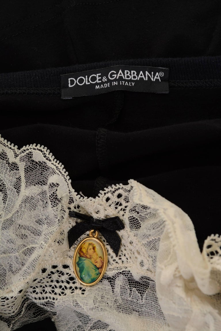Dolce & Gabbana Black T-shirt Cardigan with Cream Lace Tank Top For Sale 4