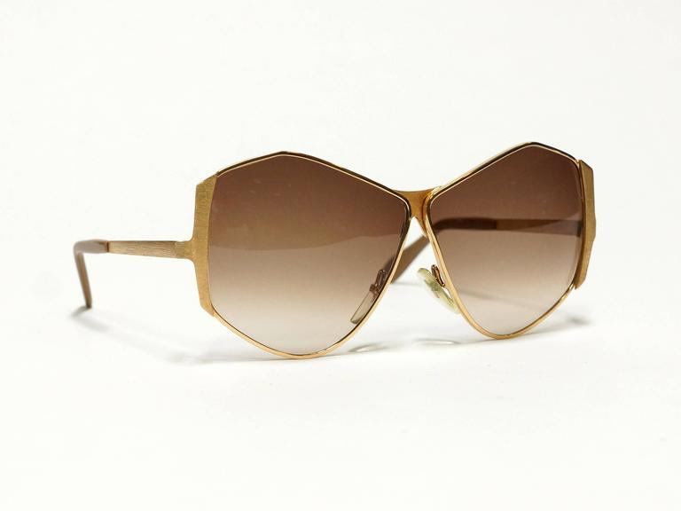 1970s Neostyle Gold Metal Vintage Sunglasses - model Tinair 2
