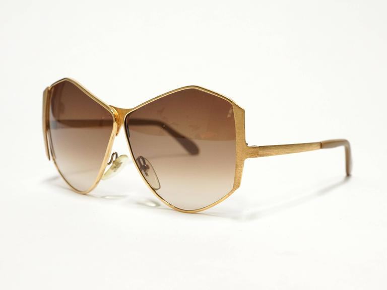 1970s Neostyle Gold Metal Vintage Sunglasses - model Tinair 3