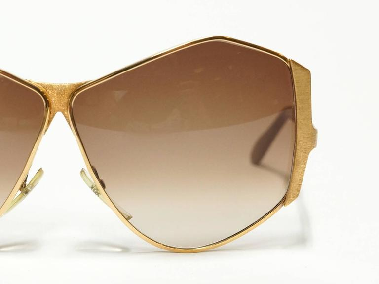 1970s Neostyle Gold Metal Vintage Sunglasses - model Tinair 7