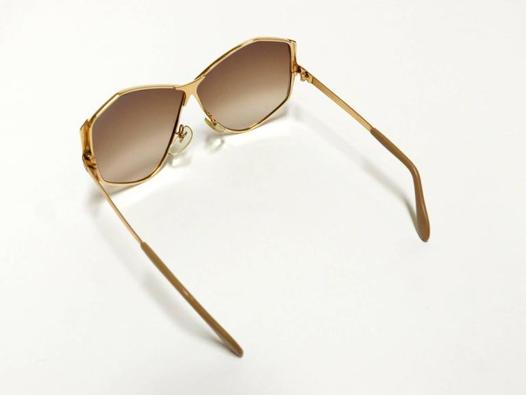 1970s Neostyle Gold Metal Vintage Sunglasses - model Tinair 9