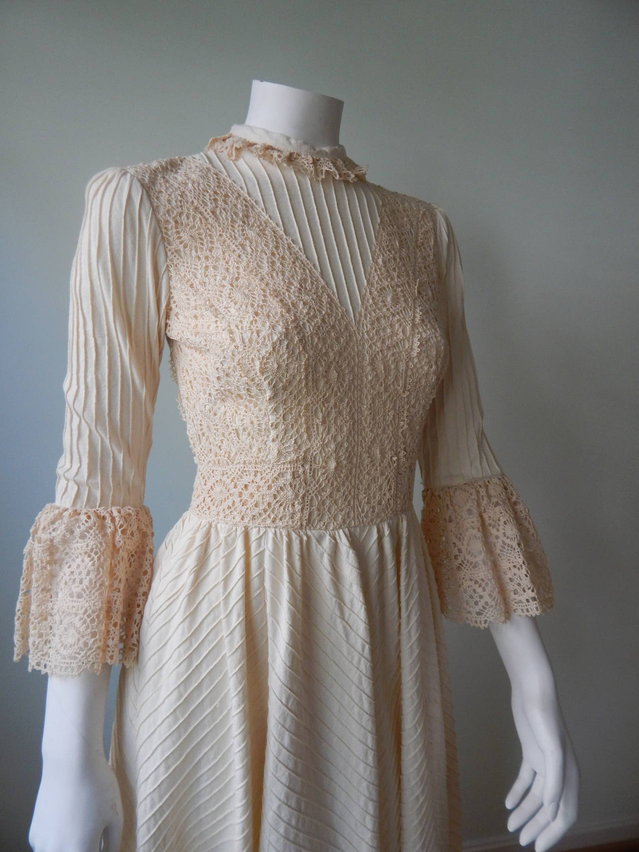 1970s Mexican Wedding Dress For Sale 1