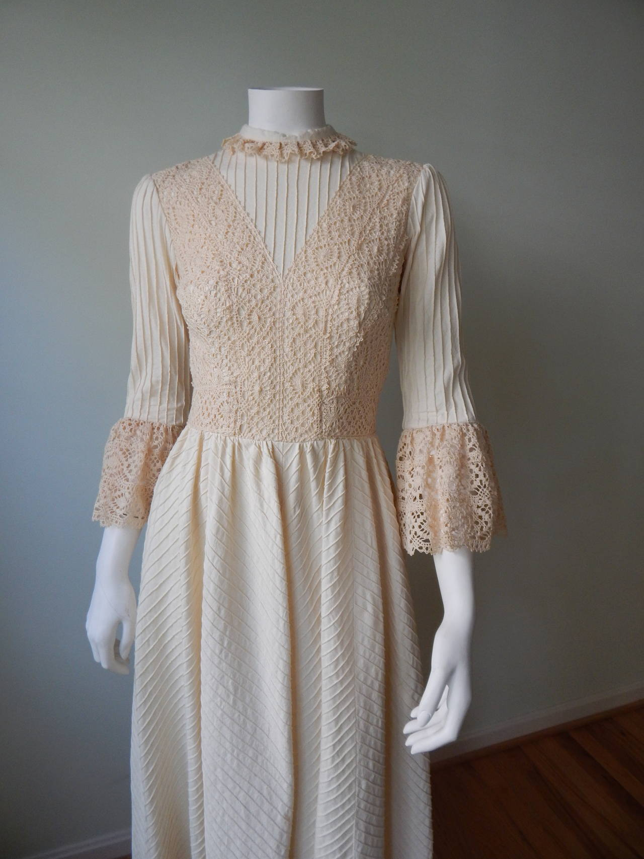 Gray 1970s Mexican Wedding Dress For Sale