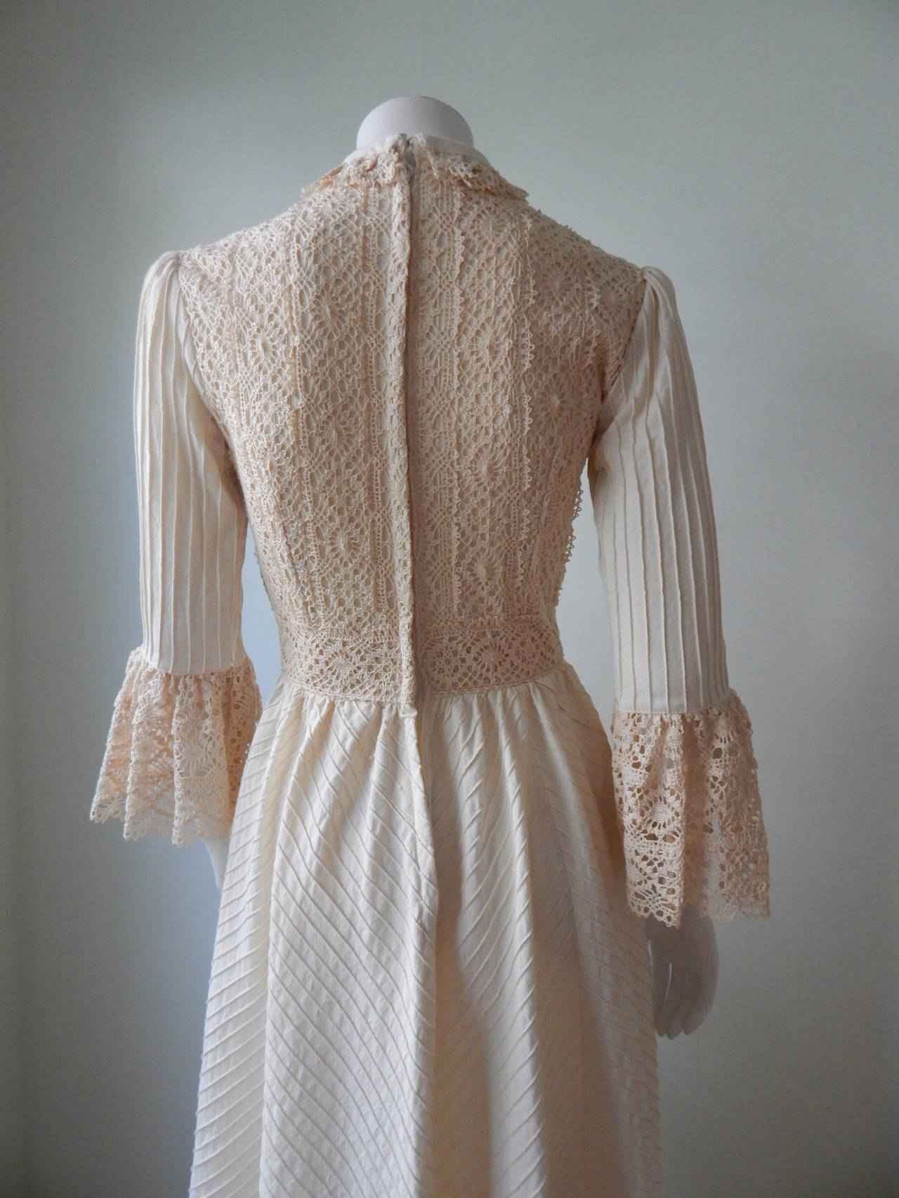 Women's 1970s Mexican Wedding Dress For Sale