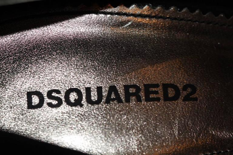 """DSQUARED2 """"Babe Wire""""  Collection Black Suede Pumps  For Sale 4"""
