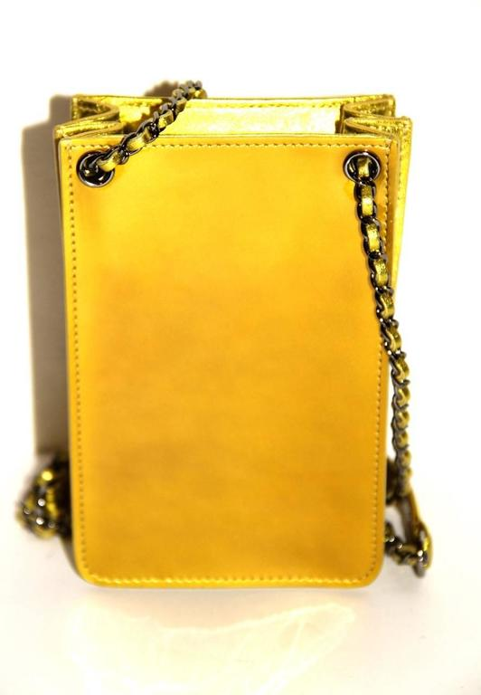 Women's or Men's Chanel Smartphone Case Box Bag - Anise Patent Leather - NEVER WORN  For Sale