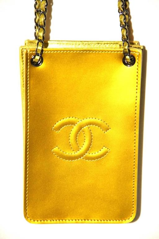Chanel Smartphone Case Box Bag - Anise Patent Leather - NEVER WORN  2