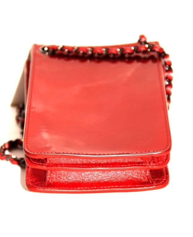 Chanel Runway Smartphone Case Bag Red Metallic Color - 2014 - NEVER WORN 2