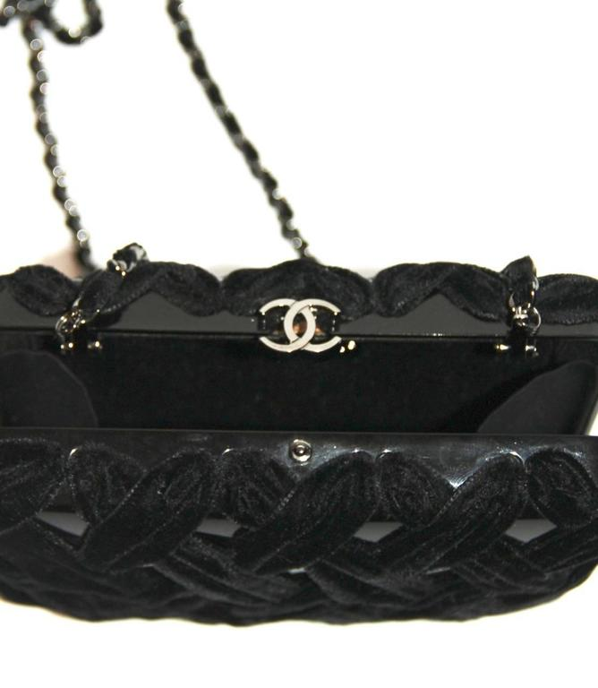 Chanel Black Evening Clutch - Velvet and Resin - CC Lock - Excellent Condition 9