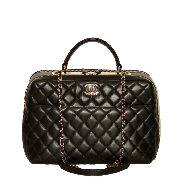 bc2eb1032a11 Gorgeous and chic pre-owned Chanel bag from the. CHANEL Trendy CC Bowling  ...