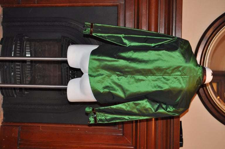 ETRO Green Silk Blouse with Brown Accents 44 Itl In Excellent Condition For Sale In Port Hope, ON