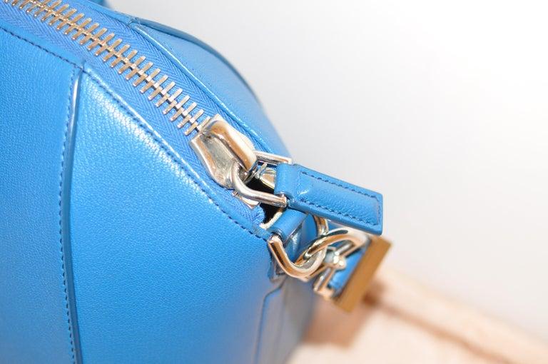 Women's Superb Givenchy Sugar Goatskin Medium Electric Blue Antigona handbag  For Sale