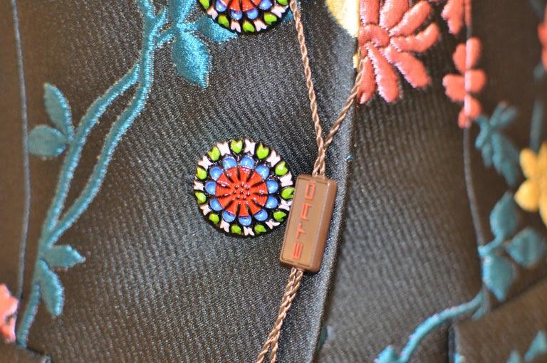 Black Fabulous ETRO Floral Brocade Off-the-Shoulder Jacket (42 ITL) W/T For Sale