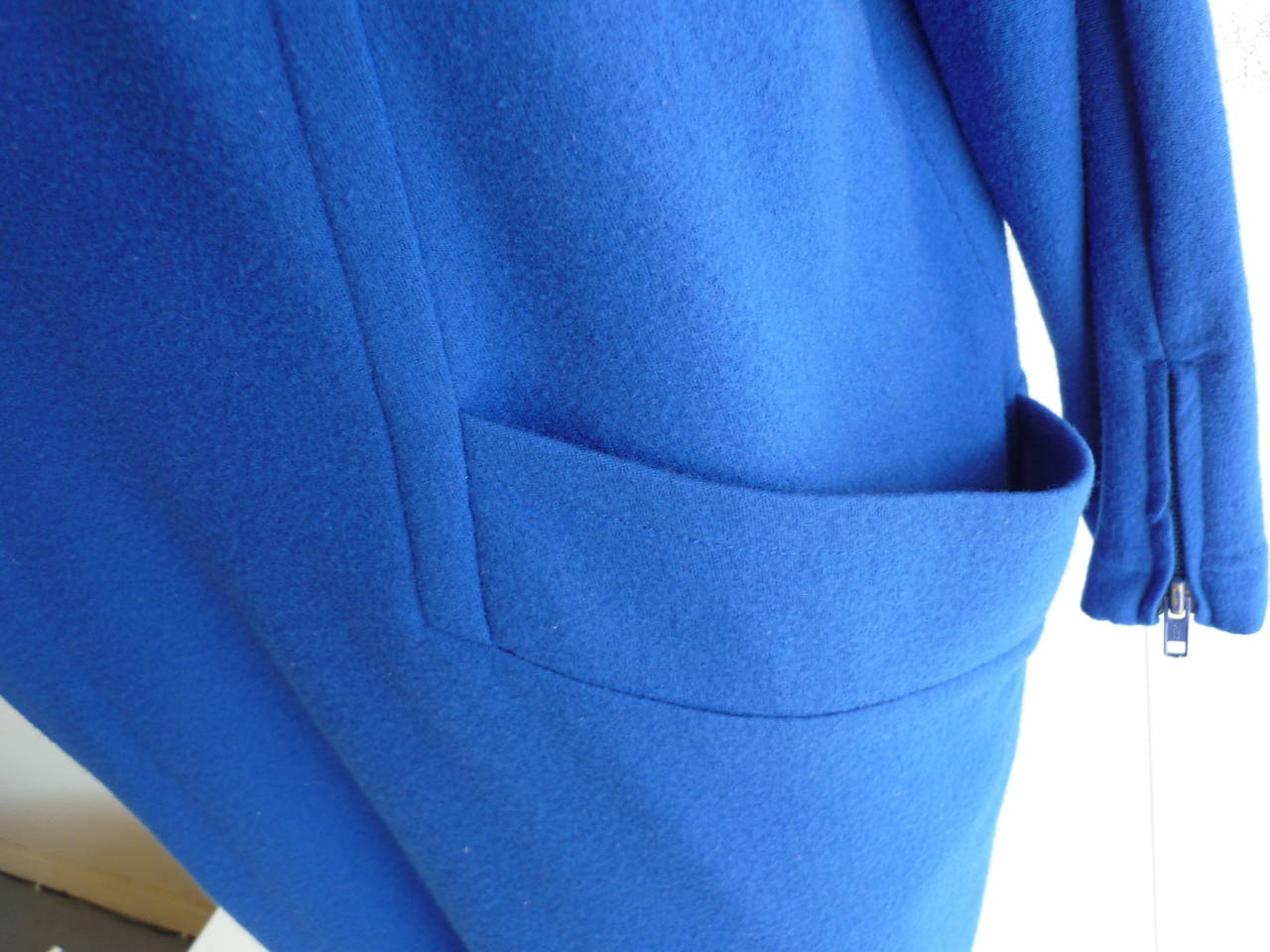 1990s Byblos Cobalt Blue Wool Dress  (44 Itl) In Good Condition For Sale In Port Hope, ON