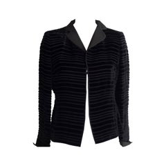 Elegant A.K.R.I.S Black Horizontal Ribbed Velvet Jacket  (10 US)