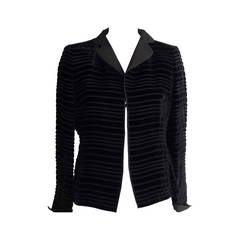 Elegant A.K.R.I.S Black Horizontal Ribbed Velvet Jacket  (10 US)