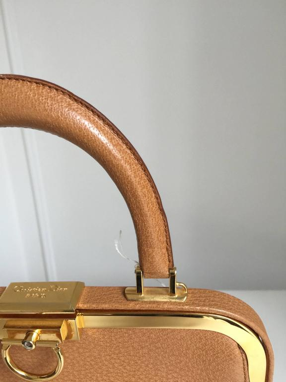 Elegant Christian Dior Tan Bag In Excellent Condition For Sale In Toronto, CA