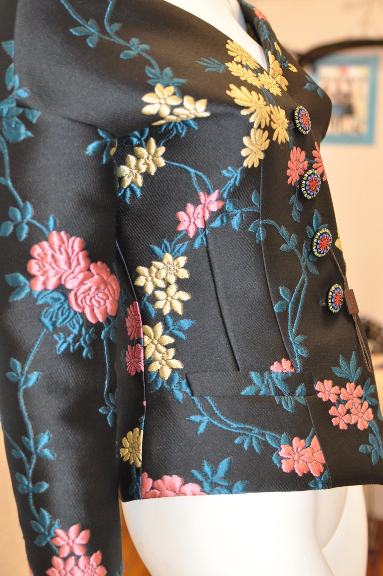Women's Fabulous ETRO Floral Brocade Off-the-Shoulder Jacket (42 ITL) W/T For Sale