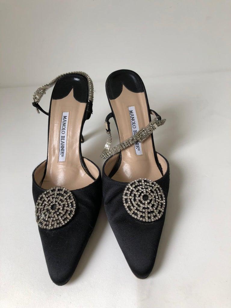 Women's Manolo Blahnik Pointed Toe Shoe 36 For Sale