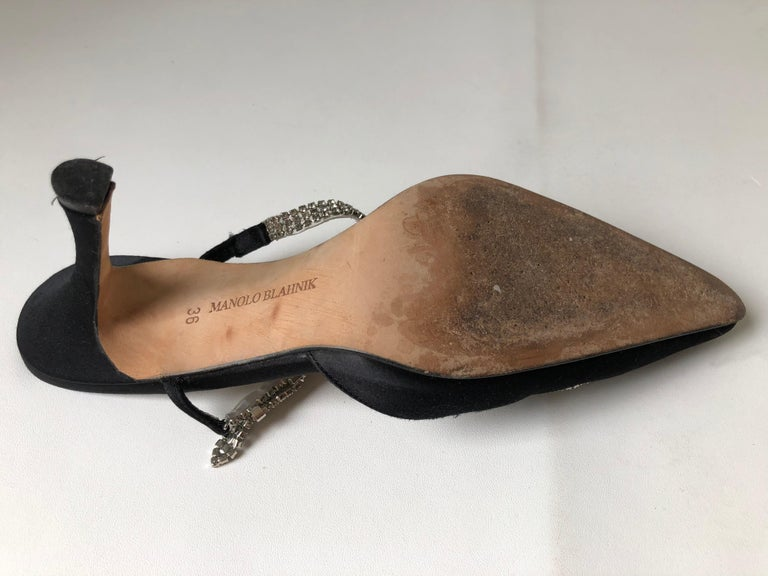 Manolo Blahnik Pointed Toe Shoe 36 For Sale 1
