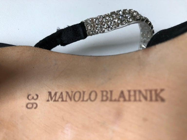 Manolo Blahnik Pointed Toe Shoe 36 For Sale 3