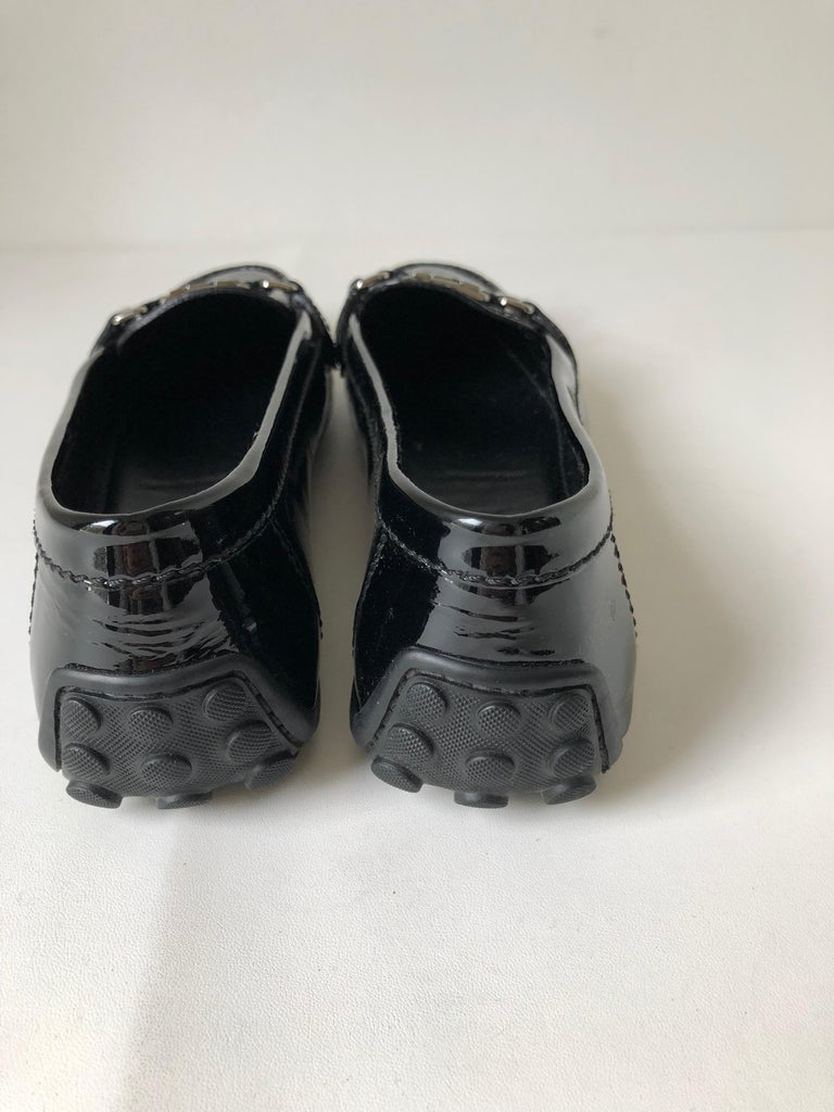 Women's Louis Vuitton Patent  Leather Logo Flats 81/2 For Sale