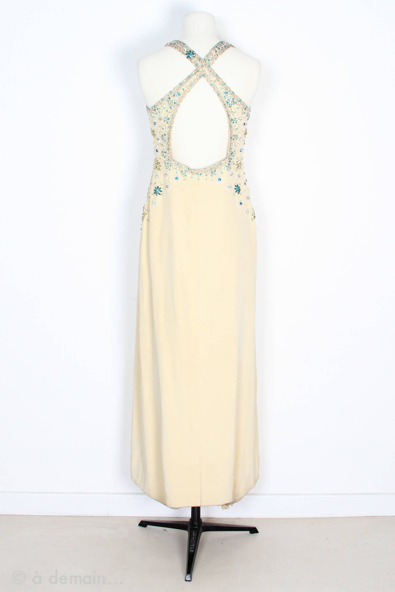 White 1963 Evening Dress designed by Marie Clouet and embroidered by Lesage For Sale