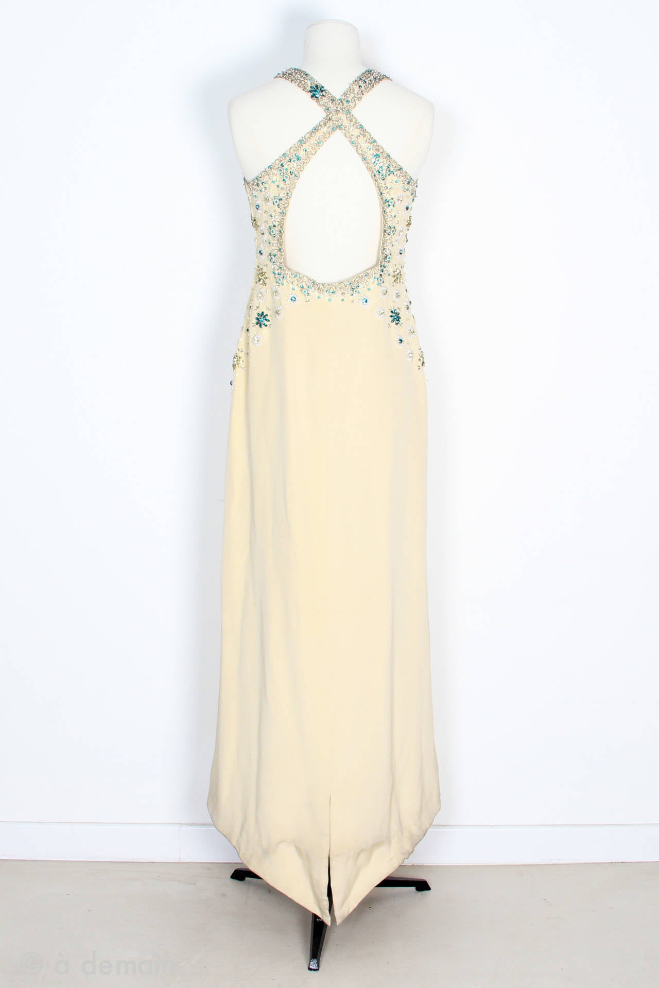 1963 Evening Dress designed by Marie Clouet and embroidered by Lesage In Good Condition For Sale In Paris, FR