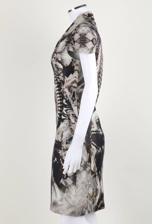 Women's ALEXANDER McQUEEN S/S 2009 Iconic Skeleton Kaleidoscope Print Dress Size 44 For Sale