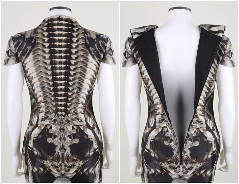 ALEXANDER McQUEEN S/S 2009 Iconic Skeleton Kaleidoscope Print Dress Size 44 For Sale 5