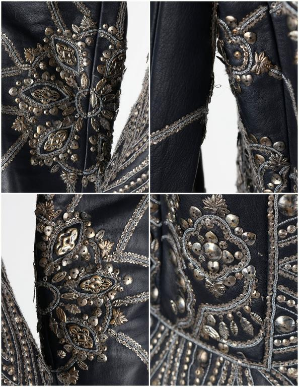OSCAR de la RENTA A/W 2006 Navy Leather Royal Embellished Jacket Blazer Size 4 For Sale 5
